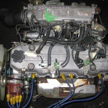 TOYOTA-22R-2.4-EFI-HILUX